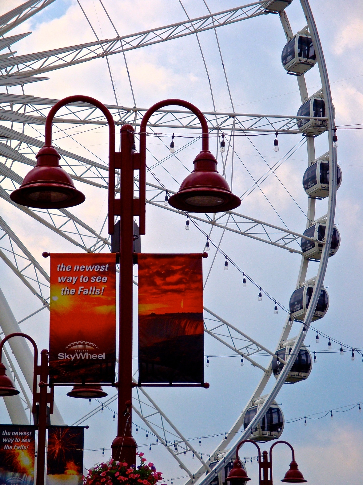 SkyWheel Pods and Posts
