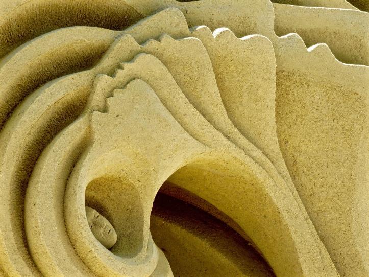 SD Sand Sculpt Faces Amazing