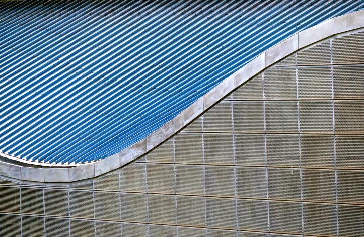 Olympic Palau St Jordi Curves Close