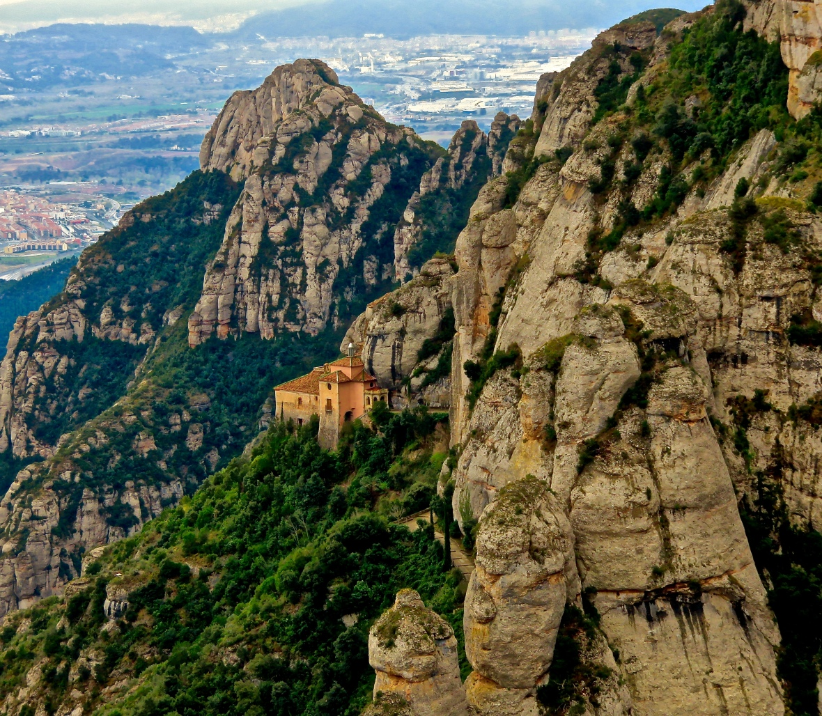 Montserrat Prime Full
